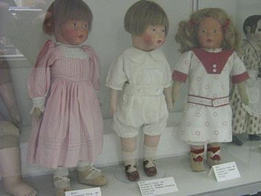 Dolls11